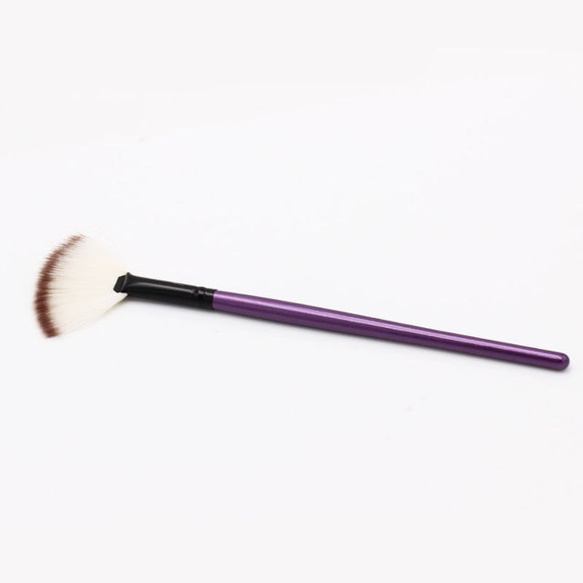 1 Pc New Pro Cosmetic Small Soft Professional Small Fan Shaped Makeup Brush Highlighter Face Powder Brush Makeup Brushes