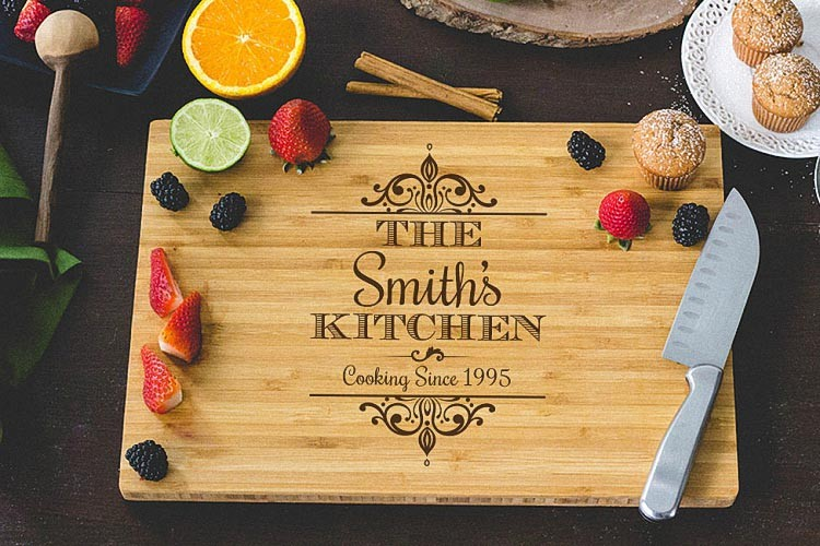 Personalized Wedding Party Gifts Custom Engraved Wooden Cheese Board Wood chopping Board Bamboo cutting board Kitchen Supplies