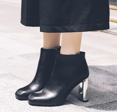 Fashion square toe super high chunky heel short boots for ladies Women spring and autumn balck solid ankle boots Dress shoes цена