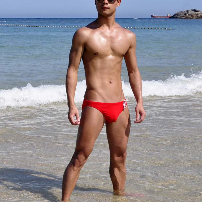 yeni 2018 Xüsusi özelleştirilmiş BOYTHOR Yeni marka Kişi qırmızı krujeva üçbucağı üzgüçülük mayo üzgüçülük bikini