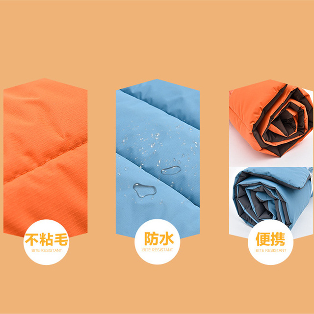 Fast Shipping Durable Waterproof  Dog Mat  For Camping or Travel