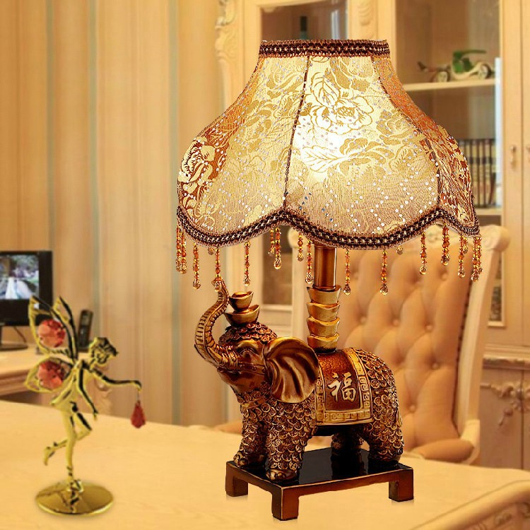 Knowledgeable Tuda 2017 European Style Table Lamp For Bedroom Living Room Luxury Creative Resin Elephant Nightlight Tianyuan Decoration Lamp Discounts Price