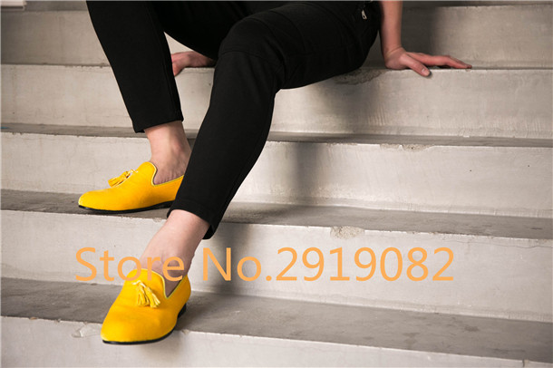 2017 New Arrival Men Loafers Multiple Colors Available Tassels Slip-On Pointed Toe Men Flats Casual Shoes Dress Shoes Spring