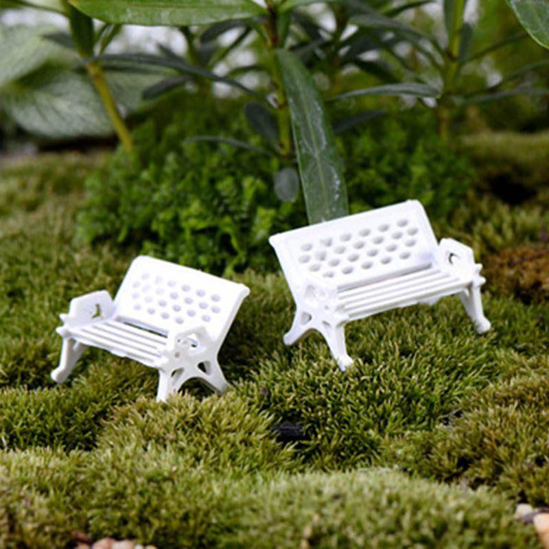 New Cute Plants White bench Shape Cute Lovely Micro Landscape Ecology Succulent Ornaments Color Random Plant Decoration 2pcs