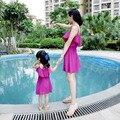 2016 Шифон семья посмотрите мать дочь платья соответствия одежды семьи мама и я платья летом стиль женщин девушки одеваются
