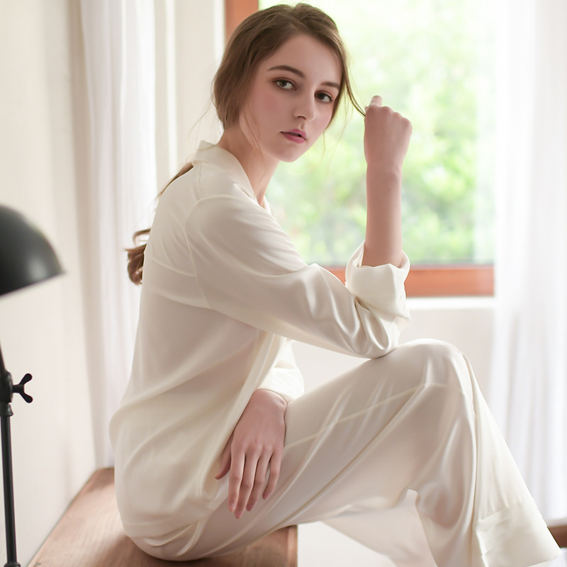 2018 Autumn High Ice Silk   Pajamas     Sets   Princess Shirts and Trousers   set   Lady Pure White Home Sleep Wear Pyjama Retro G09101