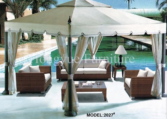 Al aire libre muebles de ratán sofá conjunto con almohadas cojines venta