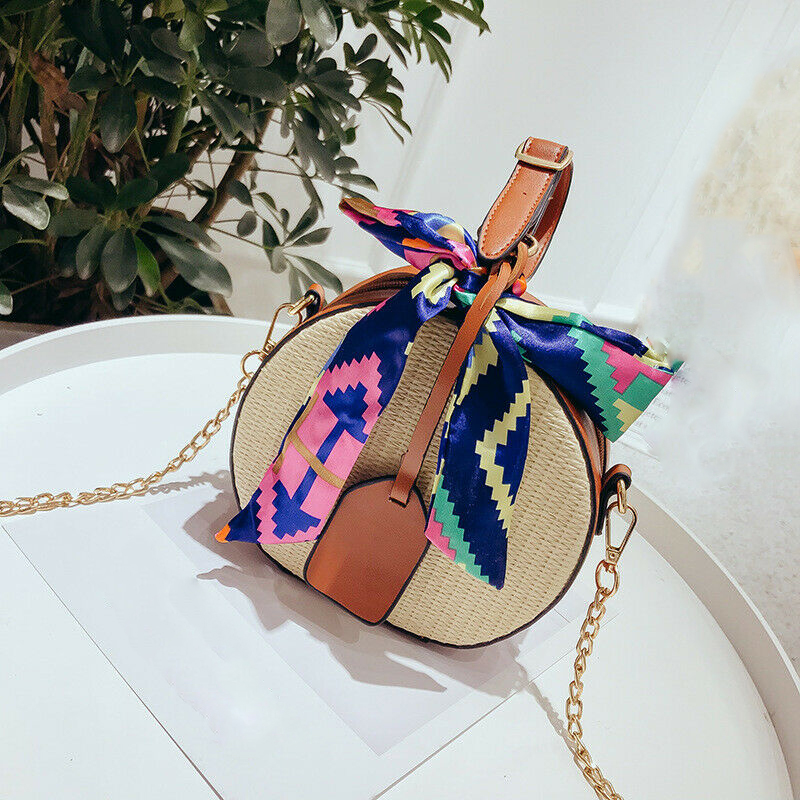 2019 Fashion Round Straw Bags Summer Style Women Handbags Bohemian Rattan Crossbody Bags Ribbon Woven Beach Circular Bags