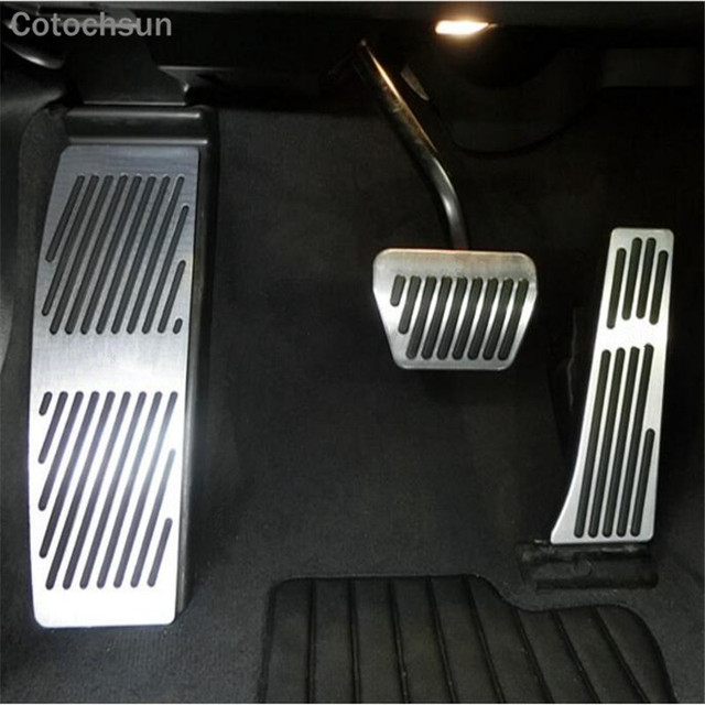 Car Footrest Gas Brake Pedal Case For Bmw X3 X4 X5 X6 Z4 2 3 4 5 6 7series E87 F10 F20 E90 E92 E93 F30 F35 F34 F31 F15 E70 E71