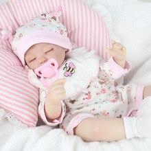 Silicone doux vinyle Reborn poupées 45 cm bébé tissu fait à la main vêtements réalistes mode bébé reborn poupées jouer jouet cadeau pour enfants