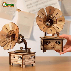 Creative Gramophone Musical Boxes DIY Wooden Music Box Wood Retro Crafts for Birthday Gift Vintage Home Decoration Accessories