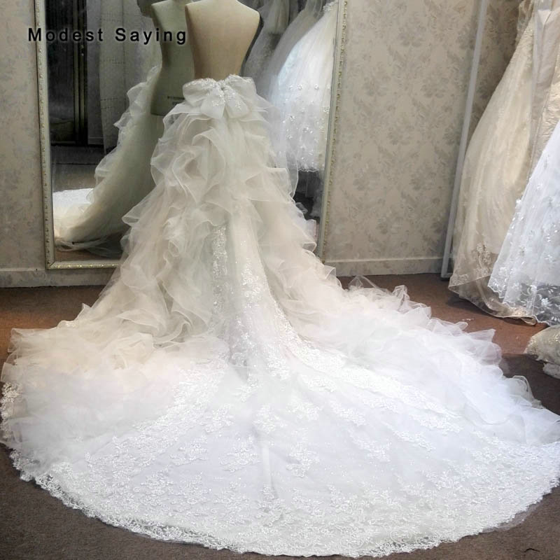 Luxury Ivory Ruffled Flowers Underskirts With Big Bow For Wedding 2018 Beaded Lace Detachable Cathedral Train Skirt For Bride
