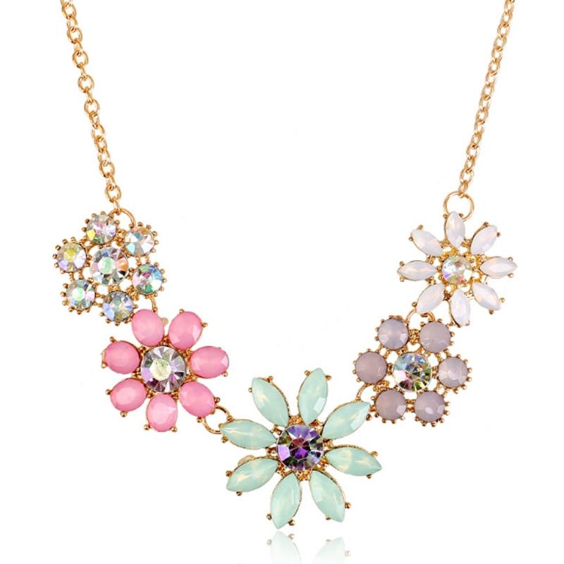 Vintage Flowers Pendant Necklace Colorful Rhinestone Link Chain Necklaces Women Choker Statement Bib Collar