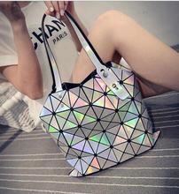 Maelove Heißer Verkauf! Damentaschen Hologramm Laser Geometrische Handtaschen Multicolor Frauen Messenger Bags BAO BAO berühmte logo tasche
