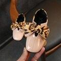 Новая весенняя обувь для девочек с бантом-бабочкой и леопардовым принтом; обувь принцессы для девочек на плоской подошве; обувь из искусств...