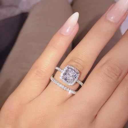 ใหม่อินเทรนด์แหวนคริสตัล 6/7/8/9/10 ขนาดขายร้อนแหวน AAA สีขาว Zircon Cubic elegant แหวนหญิงเครื่องประดับ