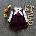 Niñas niño de la ropa 2016 nueva marca primavera blanca de manga larga camisa de tela escocesa + chaleco + Shorts 3 unidades Set Girls Outfits