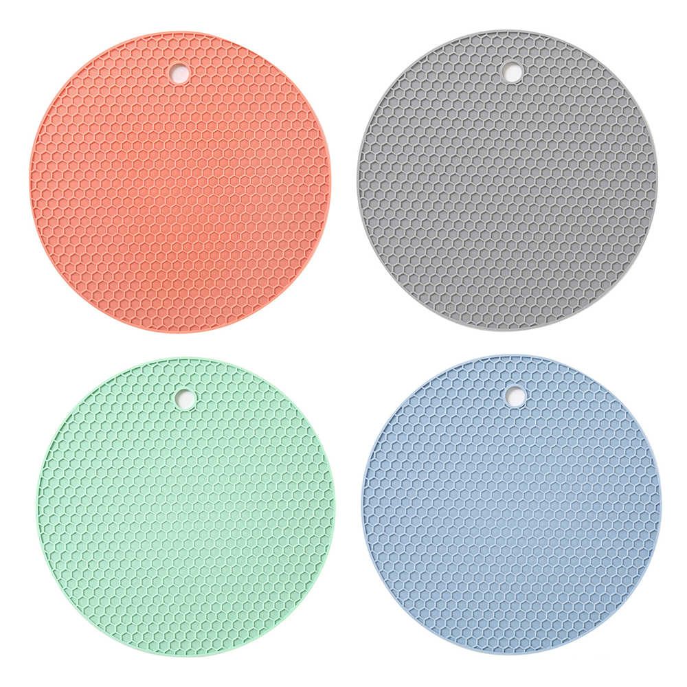 Hot Sale Multi-function Coaster 18cm Round Heat-resistant Honeycomb Silicone Coaster Slip Anti-hot Pad Kitchen Tools