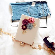 Angelatracy 2019 3D Floral Flower Korean Fashion Metal Frame Diamond Pearl Appliques Chain Women Shoulder Bag Evening Box