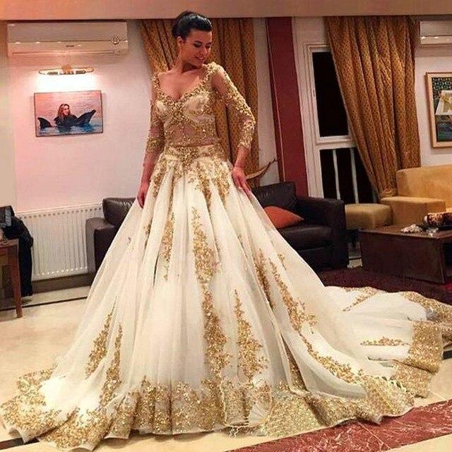 Gorgeous Gold Sequined Lace Muslim Wedding Dress 2017 Y V Neck Long Sleeve Vintage Vestido De