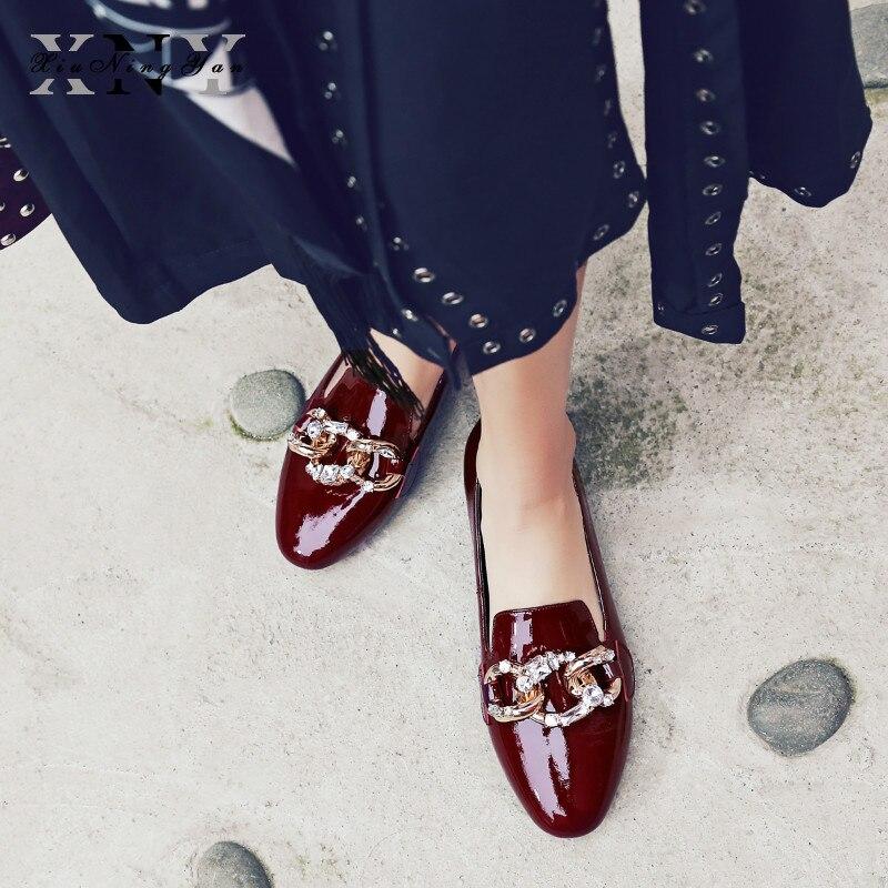 En Marque Chaussures Cuir Appartements Glissement Automne Mocassins Plat Xiuningyan Printemps Pour Noir Rouge Sur Noir Véritable Femmes Chaîne vin gris Des vx5XP5wqZ