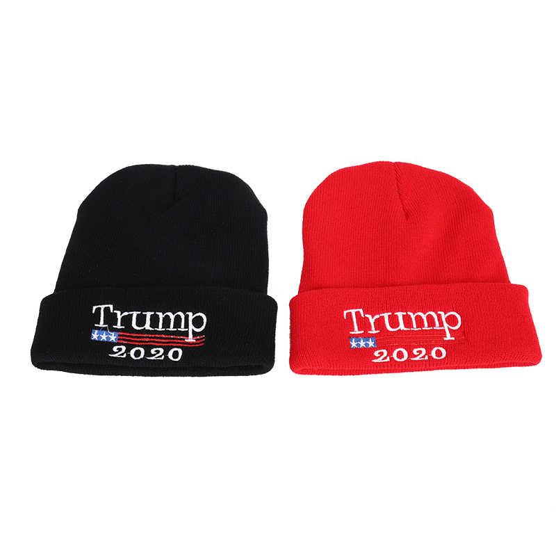 Nova Alta Qualidade 2020 Re-eleição de Donald Trump Red Gorros Skullies Chapéu Do Inverno Manter a América Grande Bordados Da Bandeira DOS EUA soft Cap