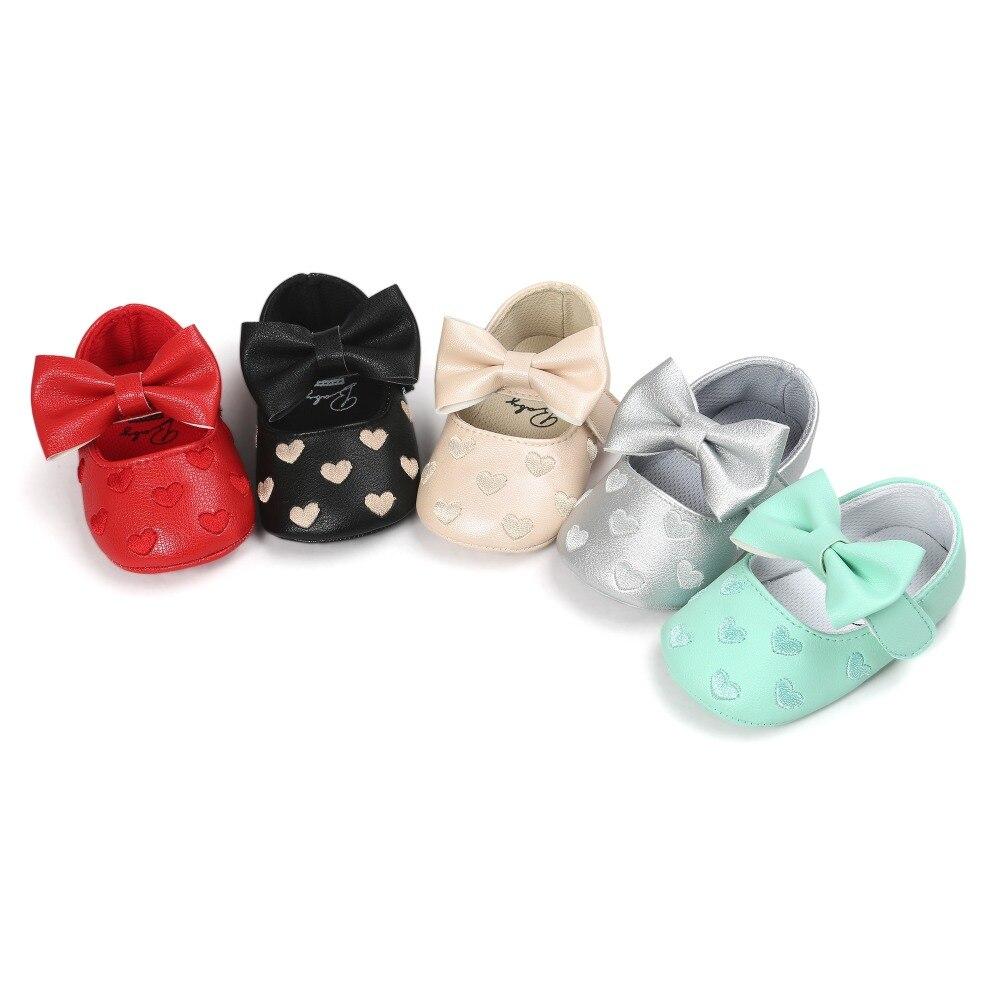 zomer lente Klassieke infantil pu lederen baby mocassins meisjes baby schoenen vlinder knoop zachte bodem pasgeboren schoenen. CX50C