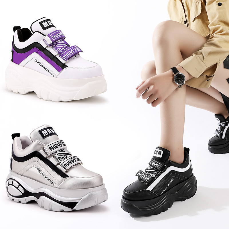 Теплая женская обувь, модные брендовые сникерсы на платформе, chaussure, осенняя женская обувь, зимняя обувь, увеличивающая рост, меховая Белая о...