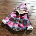 Varejo 2016 outono Nova Moda Bebê Menina Roupas de lã quente xadrez Casaco de Inverno único breasted Jaqueta Menina do Inverno Do Bebê Quente venda