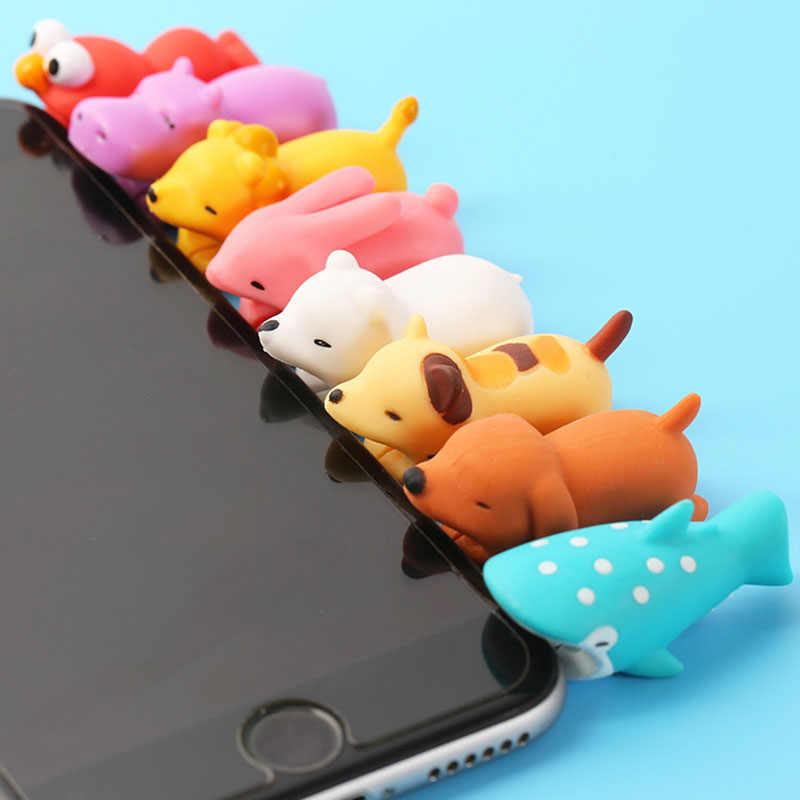 Cabo mordida brilho no escuro protetor para iphone dobadoura telefone brincadeira brinquedo pvc animal pato leão tartaruga boneca modelo engraçado