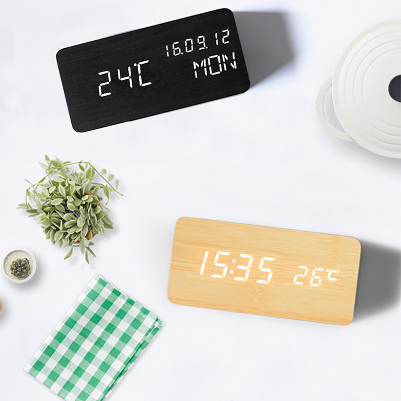 Desktop Alarm Clocks Small Modern Electronic Smart Desk Clock Wooden LED Digital Table Clock