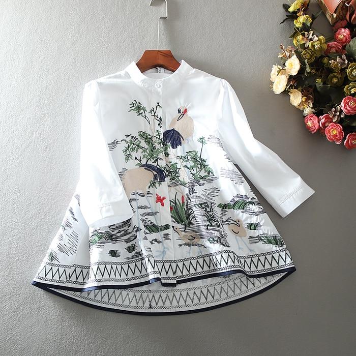 Femmes printemps été a-ligne broderie vintage chemise femme décontracté lâche couverture en coton blouse TB1116