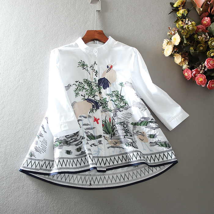 Women's Spring Summer A Line embroidery vintage shirt Female casual loose cotton tops blouse TB1116