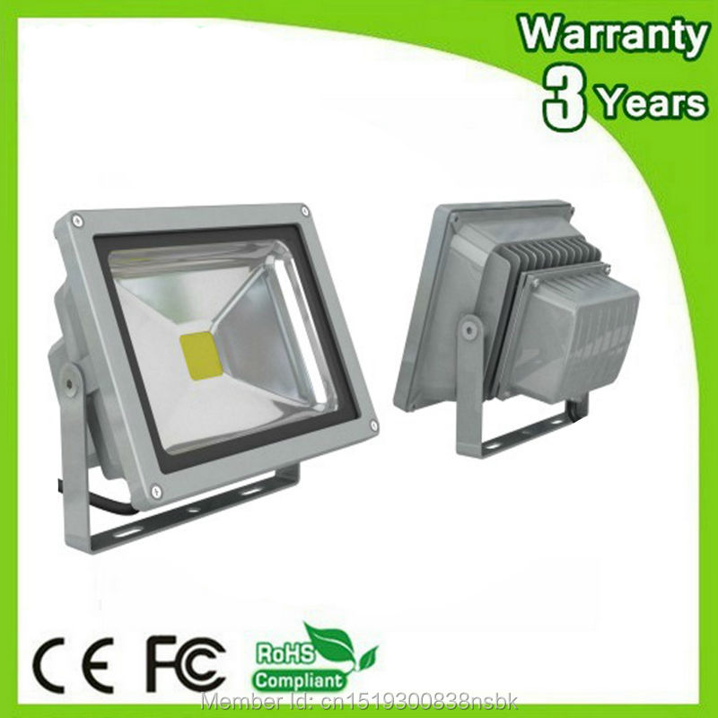 9PCS Lot AC85 265V Epistar Chip 3 Years Warranty 10W 20W 30W 50W LED Floodlight UV LED Flood Light 410 420nm Wavelength in Floodlights from Lights Lighting
