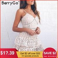 BerryGo женское белое кружевное платье Вечерние на тонких бретельках вышивка кружевное пикантное платье с v-образным вырезом выдалбливают лет...