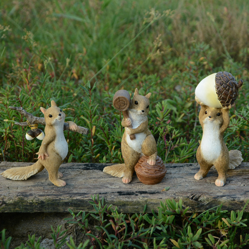 Creative Cute Animal ornaments resin squirrel Decoration miniature Figurine Craft garden Mini Furniture home decor accessories in Figurines Miniatures from Home Garden