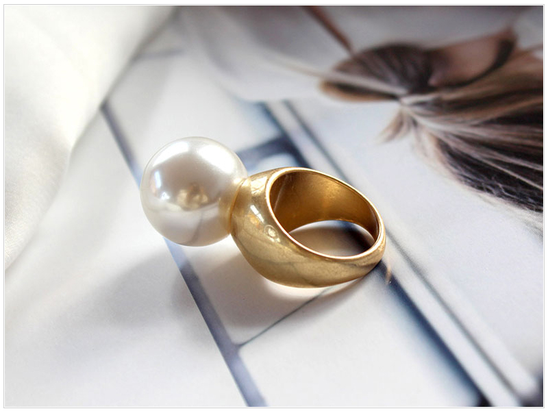 Pearl Ring (1)