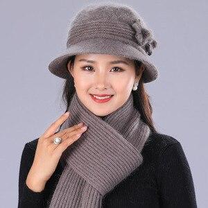 Image 5 - BING YUAN HAO XUAN Ontwerp Dubbele Laag Winter Hoeden voor Vrouwen Konijnenbont Hoed Warme Gebreide Muts en Sjaal Grote bloem Cap