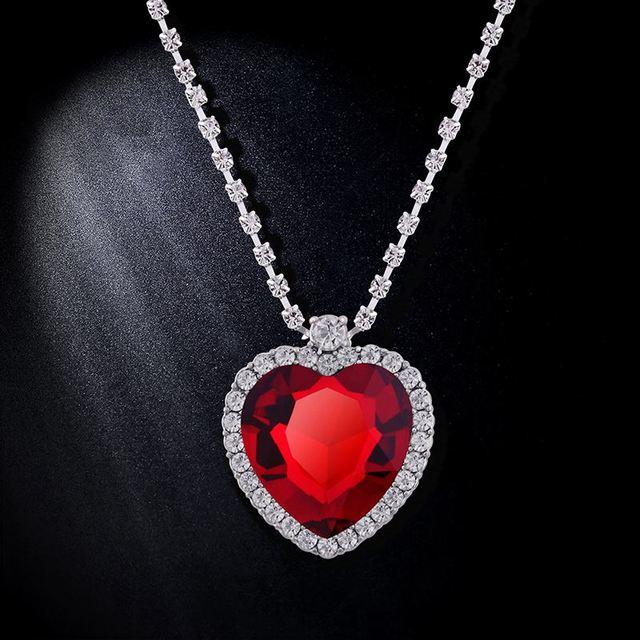 59fdfd54ec65 Romántico cristal rojo Cadena de plata Titanic corazón colgante collar  largo Colgantes para las mujeres nkeh25