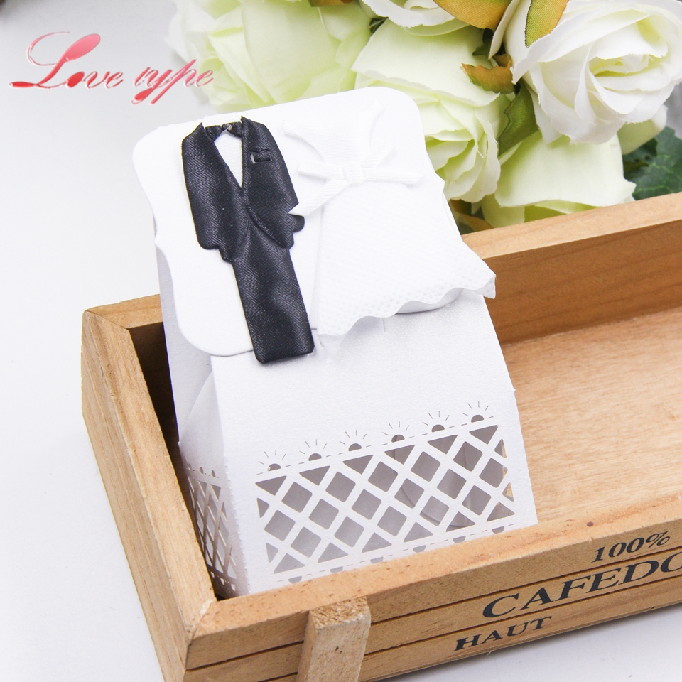6PCS/Lot Bride& Groom Candy Pattern Gift Box Hollow Proces DIY Kraft ...