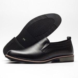 Image 4 - BUVAZIK Marka Deri Muhtasar Erkekler İş Elbise Sivri siyah ayakkabı Nefes Resmi Düğün Temel Ayakkabı Erkekler