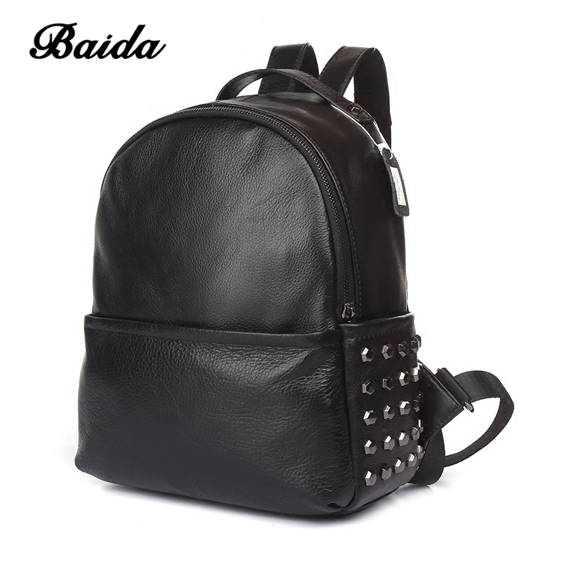 2017 Fashion Women Genuine Leather Backpacks Rivet Black Soft Leather Bag Schoolbags For Female Leisure Bag