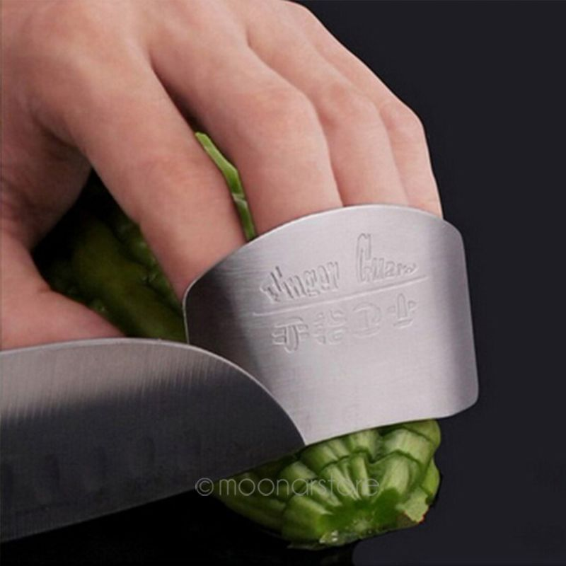 HTB176KMbjDuK1Rjy1zjq6zraFXal - Stainless Steel Kitchen Accessories Vegetable Finger Guard Protector Gadgets