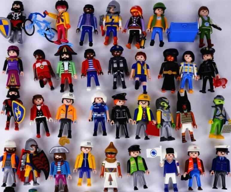 Original Playmobil Figures Toys Fille Enfant Police Pirate Princess Figura Figurines Toys Randomly Sent Playmobil People Figuras