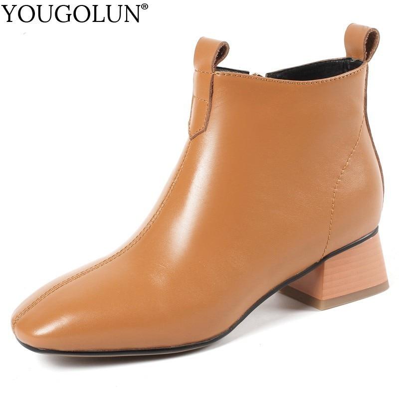 Ayakk.'ten Ayak Bileği Çizmeler'de Inek Deri Düşük Topuk yarım çizmeler Kadın Sonbahar Bayanlar Kare Topuklu A244 Moda Kadın Fermuar Siyah Haki Kahverengi Bej Ayakkabı Botları'da  Grup 1