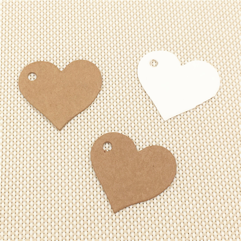 2.5x2.8cm 100pcs/lot Love Sweet Heart A Hole Paper Card Tags Kraft Brown White Hanging Labels Blank For Chicken Tracks Name Note Pleasant To The Palate Beads & Jewelry Making
