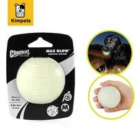 DOBOLA Gomma Morbida Pet Glow Dog Sfera Giocattoli Notte di Sicurezza LED lampeggiante Glow LED Pet Forniture Cani Grande Chew Squeaker Squeaky Giocattoli