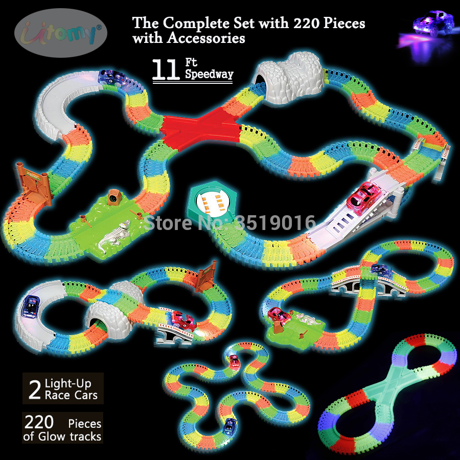 UTOMY Race Track Set 220 Pieces Flexible Glow in the Dark
