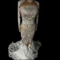 Блестящее платье телесного цвета со стразами и перьями, женское сексуальное длинное платье для ночного клуба с камнями, костюм на выпускной