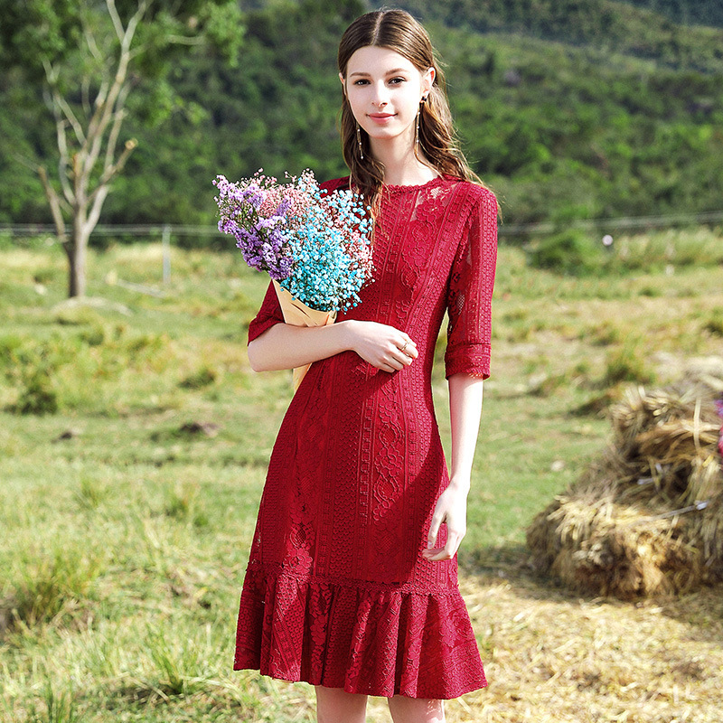 Red festive dress 2019 spring new womens wild hollow lace fishtail skirt 63190Red festive dress 2019 spring new womens wild hollow lace fishtail skirt 63190
